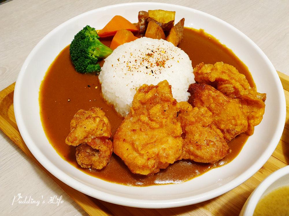 私嚐的吃飯咖哩飯