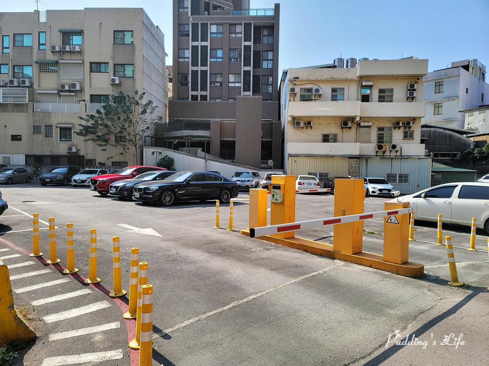築路LULU手作定食-停車場