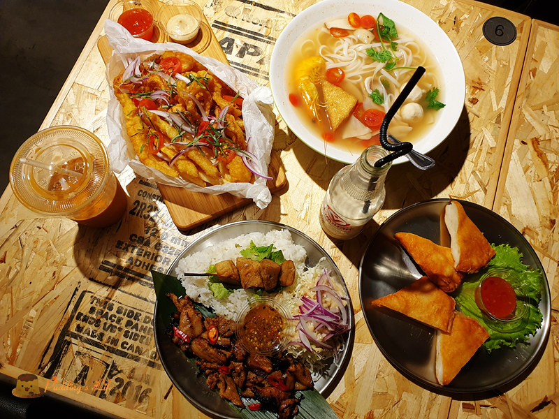 【新竹美食】三民路餐廳《曼谷市場-巨城店》東門市場泰式小吃開二店嘍