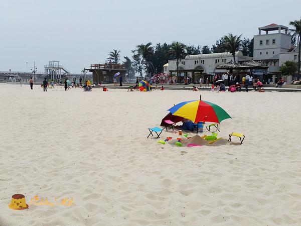 【遊記-嘉義】東石漁港人工白沙灘/親子戲水區《東石漁人碼頭》陽光/沙灘/玩水/放風箏/吃海鮮