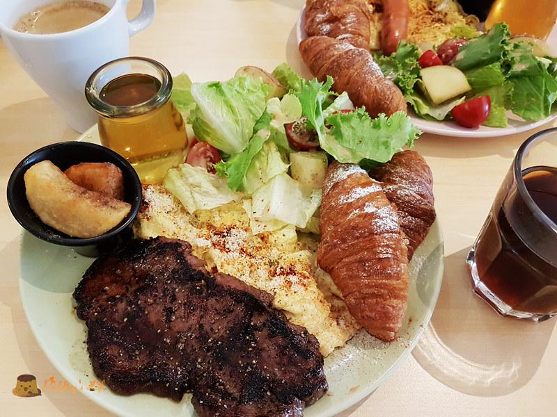 【宜蘭美食】宜蘭市-有牛排的豐盛brunch《Wake沃客早午餐》份量大c/p值高