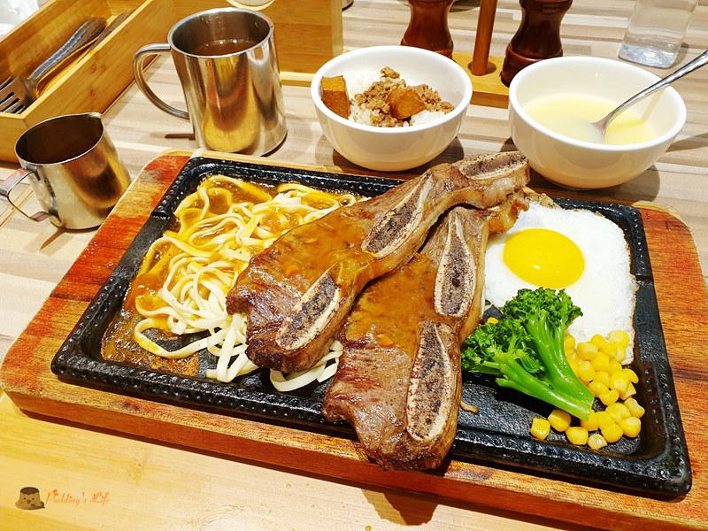 新竹巨城美食│鉄火牛排》樂軒旗下品牌.和牛咖哩飯.和牛肉燥飯吃到飽