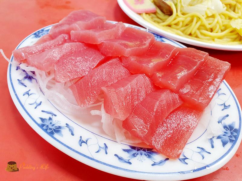 宜蘭蘇澳美食│阿芬鮮魚湯》南方澳必吃魚湯.百元生魚片(附菜單)