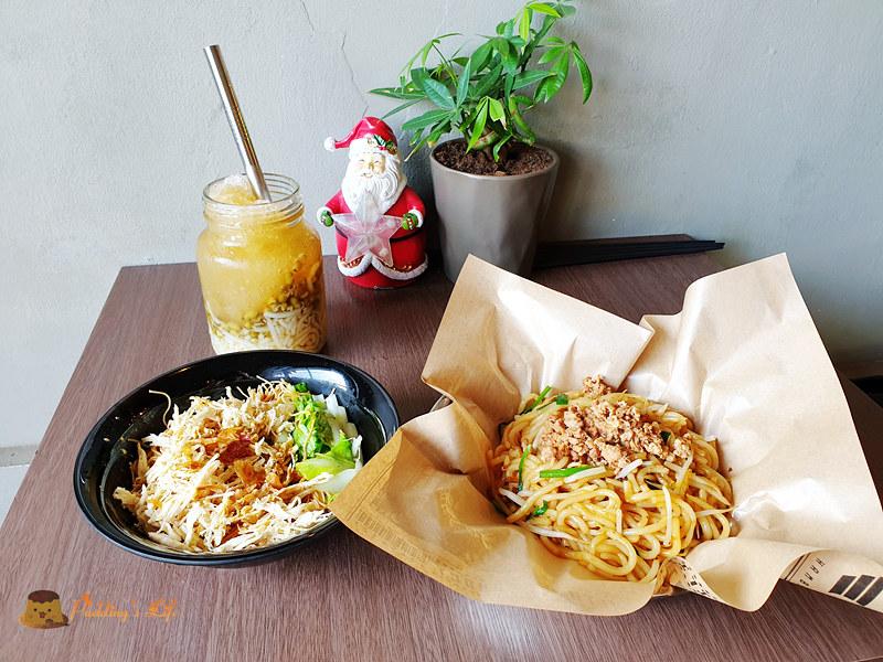 新竹竹東美食│美蘭阿姨》炒米苔目也能很文青.還有米苔目冰