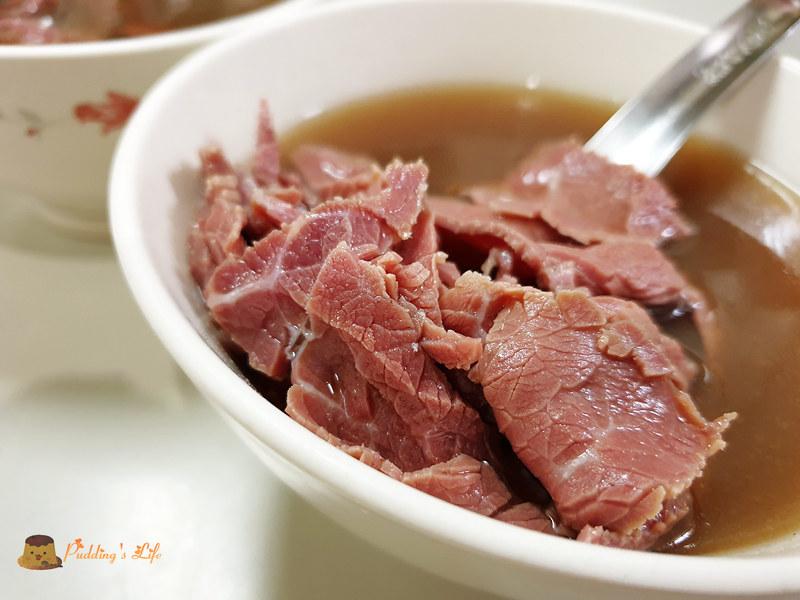 【台南美食】湯清肉嫩觀光客少《康樂街牛肉湯》近神農街與海安路